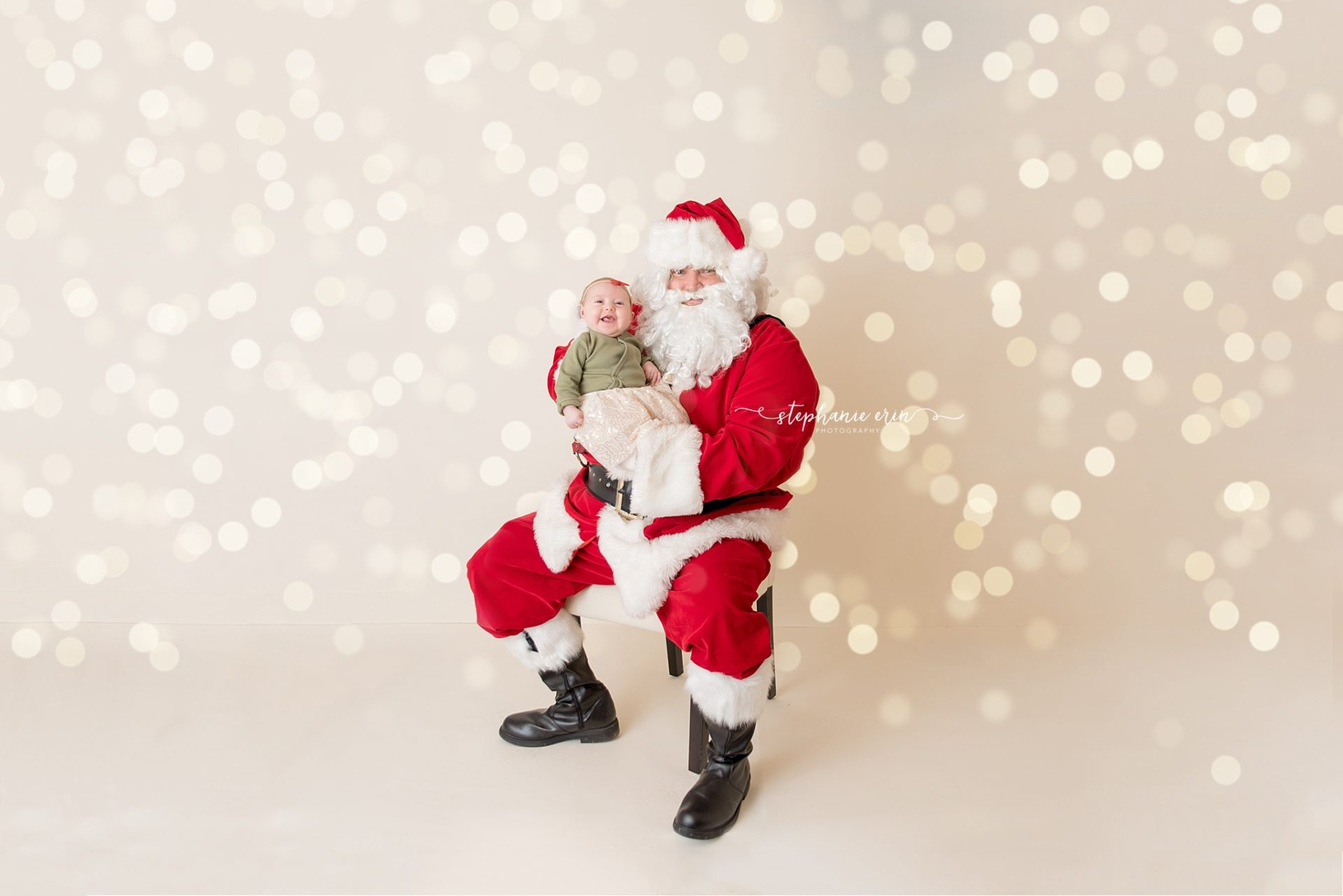 Ivy & Santa | Stephanie Erin Photography | Southern Utah Newborn Photographer