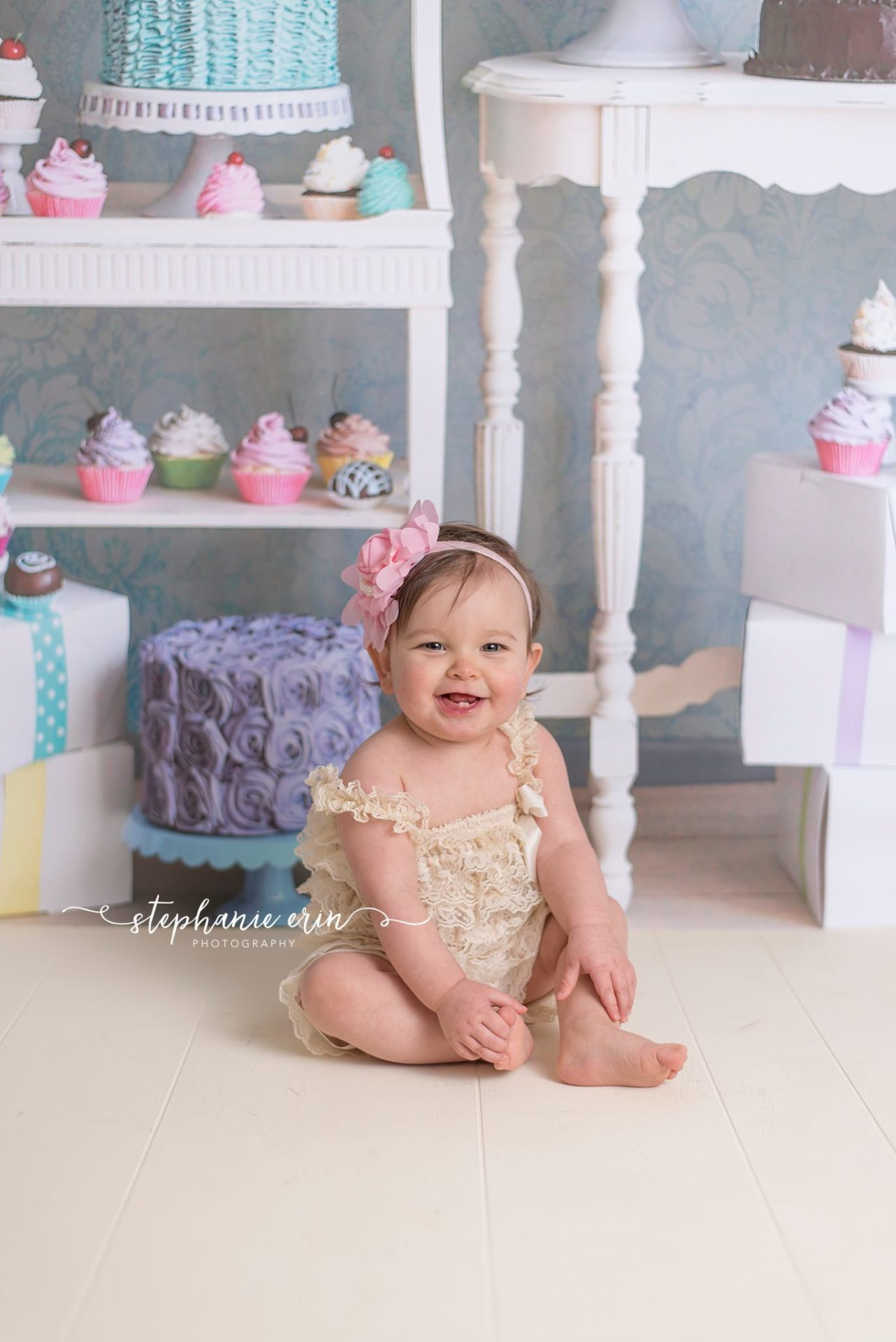 RYLIE'S CAKE SMASH  |  STEPHANIE ERIN PHOTOGRAPHY  |  ST GEORGE UTAH CAKE SMASH PHOTOGRAPHER