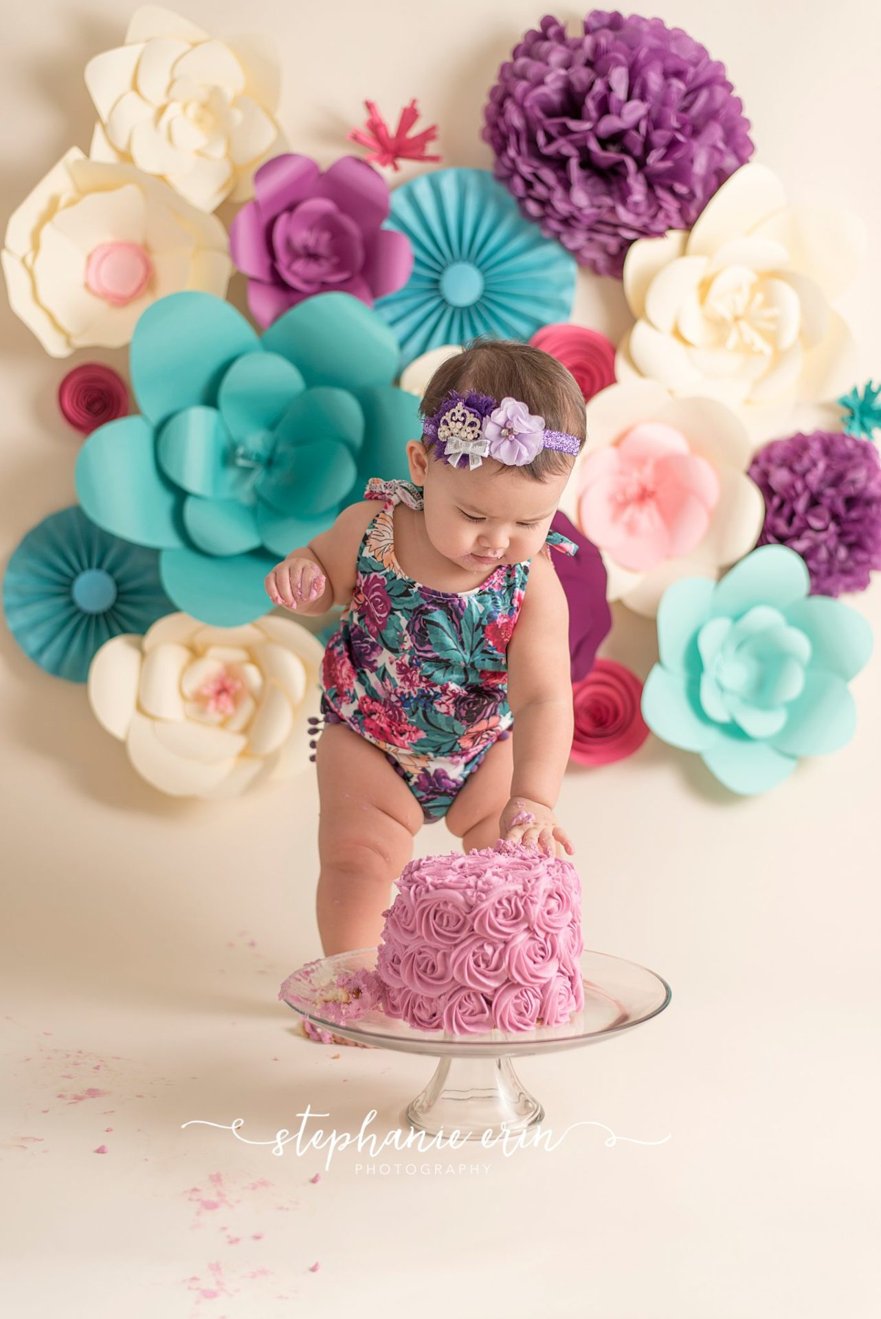 RILEY'S CAKE SMASH SESSION  |  STEPHANIE ERIN PHOTOGRAPHY  |  SOUTHERN UTAH PHOTOGRAPHER