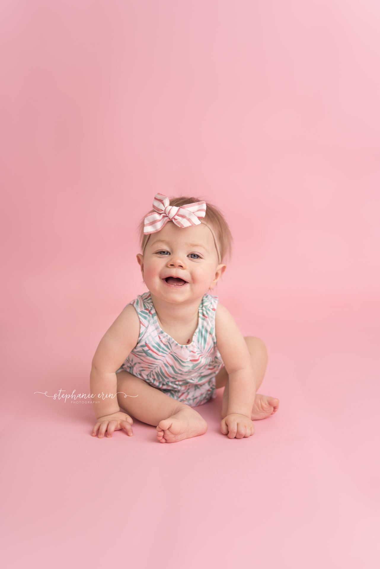 MAISIE  |  CAKE SMASH SESSION  |  ST GEORGE UTAH NEWBORN PHOTOGRAPHER